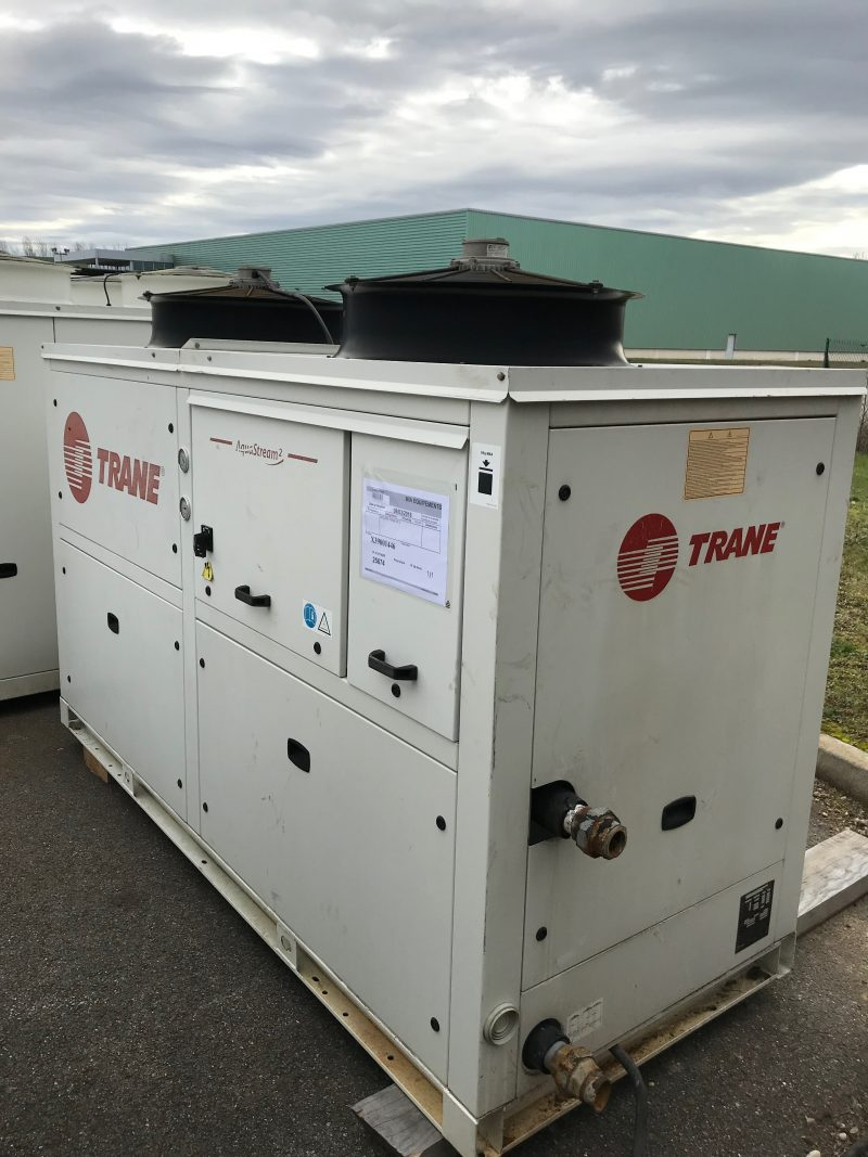 Used water chiller TRANE